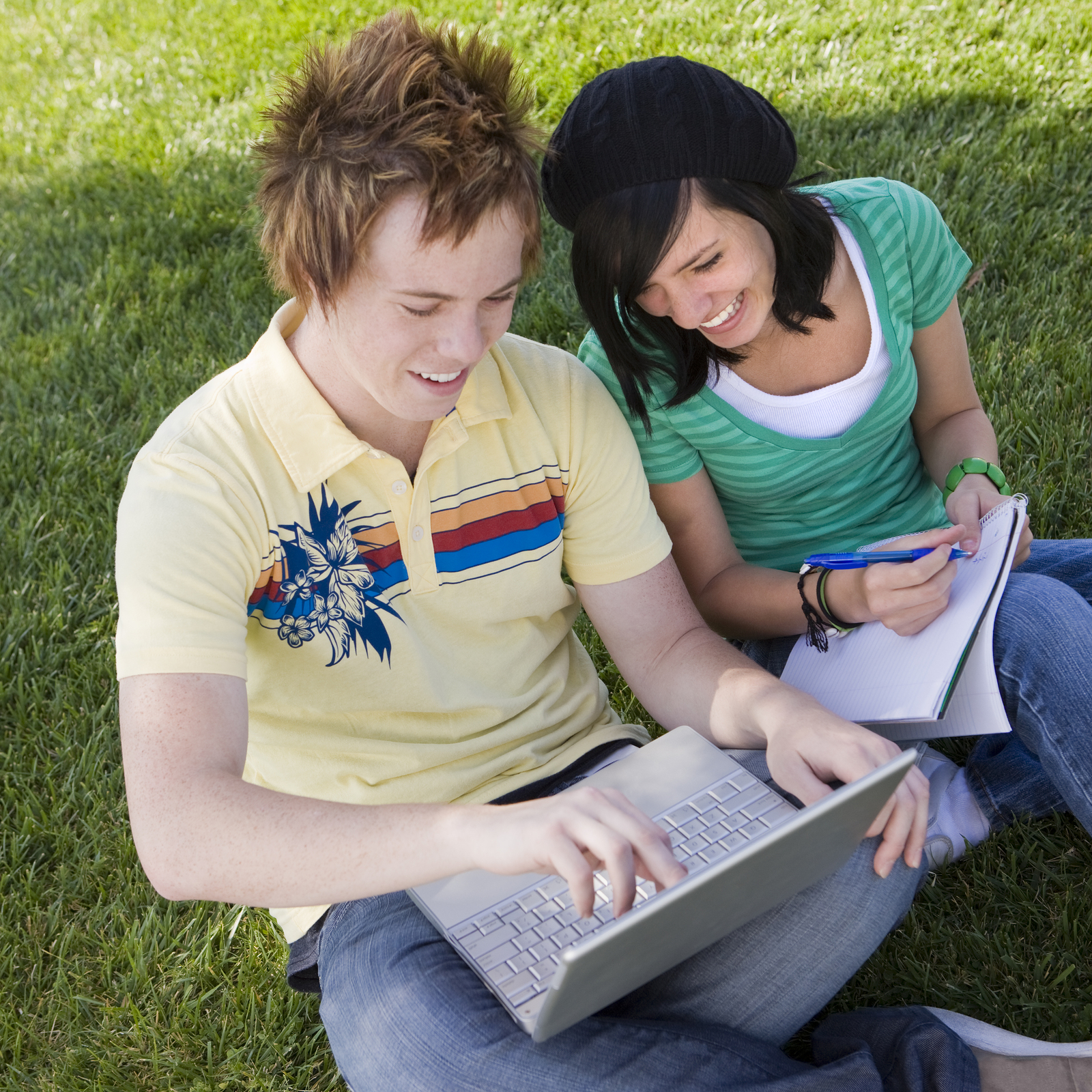 5 tips for helping teens develop healthy relationships